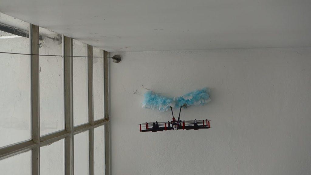 deragnadrone drone ragnatele in azione